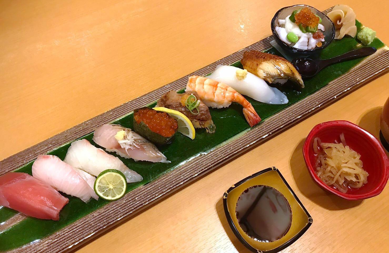 鶴見緑地水春亭のお寿司